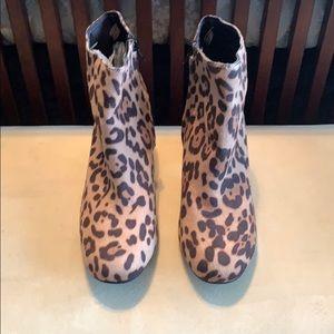 NWOT Leopard print ankle boots